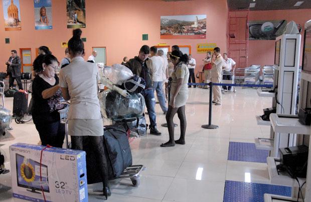 El anuncio se realiza ante el incremento de la circulación de información errónea y malintencionada que anuncia supuestos cambios en las disposiciones vigentes sobre el despacho aduanero de los viajeros y sus pertenencias.