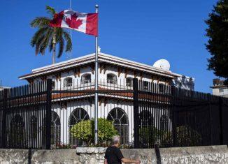 A partir del 1 de agosto, los residentes cubanos podrán obtener nuevamente las huellas dactilares y las fotos necesarias para las solicitudes que se hagan en la embajada, así como dejar los pasaportes y recoger las visas en el edificio.