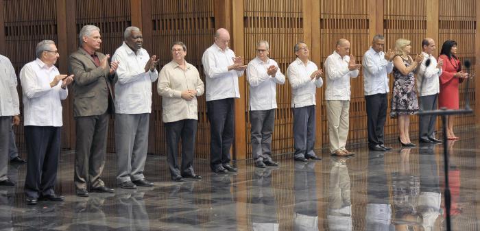 Los nuevos actores de la diplomacia revolucionaria refrendaron su compromiso de darle continuidad al legado de la política exterior de la Revolución Cubana.