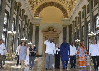 En el encuentro en la sede del órgano legislativo, el Capitolio de La Habana, ambos patentizaron la voluntad de continuar afianzando los vínculos entre los dos países vigentes desde el 19 de mayo de 1979.