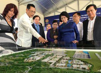 Le Quang Hung, viceministro de construcción de Vietnam expresó la intención de invertir en un nuevo proyecto de complejo de hoteles, áreas de golf y vivienda para los trabajadores.