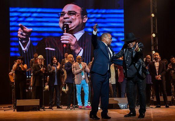 cantar, bailar y contar siempre con el son de este músico, intérprete, compositor y director de orquesta, es un lujo para la historia musical cubana