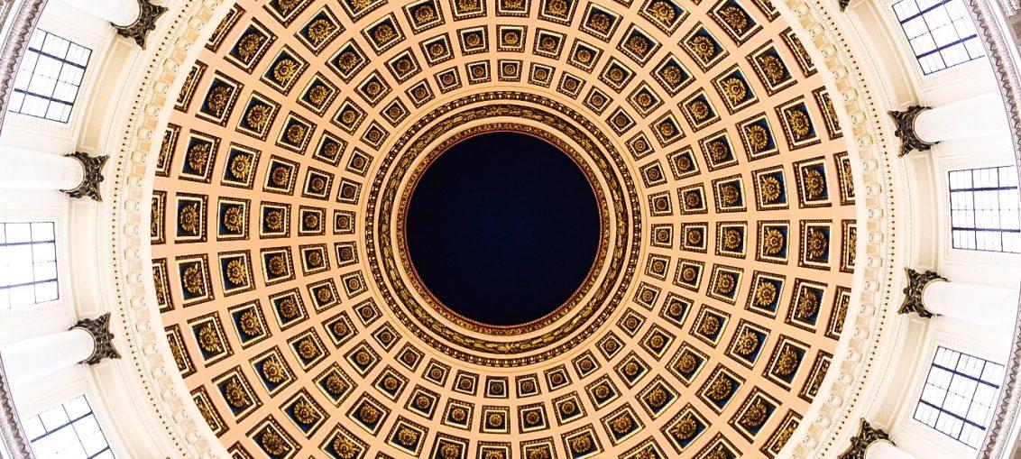El historiador de la ciudad, Eusebio Leal, mencionó este particular en momentos en que un gran toldo cubre toda la cúpula, luego de intensos trabajos que permitieron una remodelación del resto del inmueble.