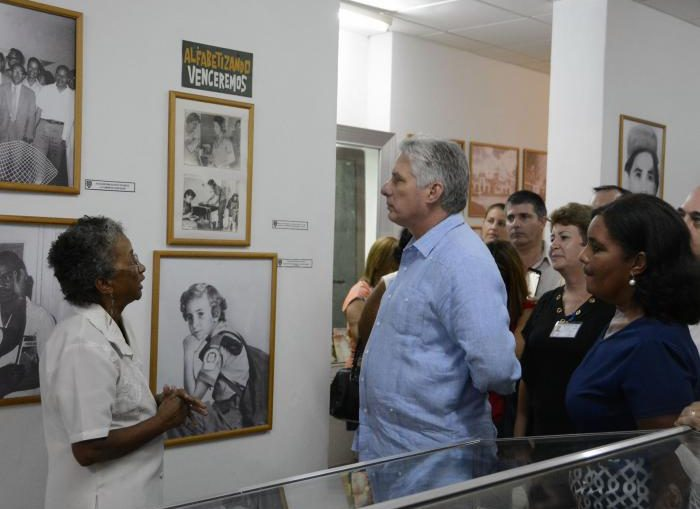 Díaz-Canel dio seguimiento a la conservación de la memoria histórica, a las acciones de la Tarea Vida y a la aplicación de la ciencia y la innovación en los sectores productivos.