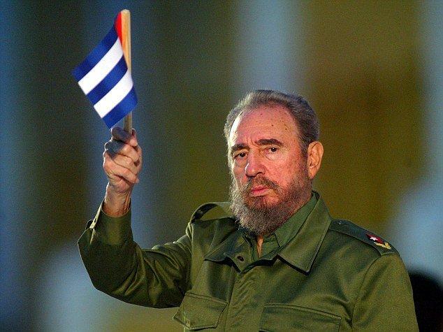 En la isla caribeña y otros lugares del orbe se recuerda el aniversario 93 del natalicio de Fidel Castro mediante conversatorios, exposiciones y anécdotas de su hidalguía y afán por evitar que Cuba regresara a un pasado de humillaciones y servilismo.