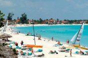 Ese polo de sol y playa presenta un acumulado de 910 mil turistas foráneos, por lo que podrá alcanzar la cifra millonaria antes que cierre agosto.
