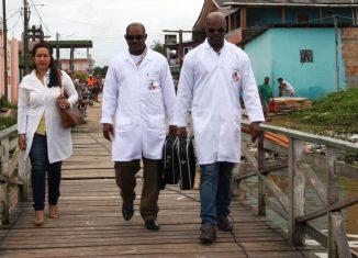 El Presidente de los Consejos de Estado y de Ministros, Miguel Díaz-Canel Bermúdez resaltó en su cuenta de twitter la labor que realizan los colaboradores cubanos de la salud alrededor del mundo.