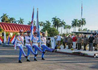 El General de Ejército Raúl Castro Ruz envió una misiva de felicitación por los 60 años del regimiento de aviación de la guardia Playa Girón