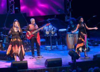 La agrupación, de más de cuatro décadas de existencia, representa uno de los conjuntos musicales más vanguardistas e icónicos de la música contemporánea cubana, destaca en su sitio web el mencionado recinto.