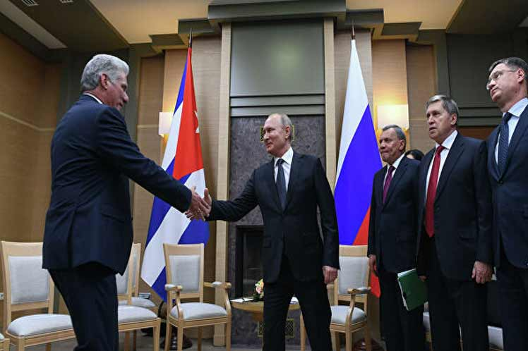 El jefe de Estado ruso se refirió al incremento del intercambio comercial bilateral y subrayó que siempre vieron con simpatía la posición independiente de Cuba y su política soberana.