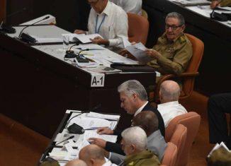 Durante esta jornada histórica para la nación, los legisladores eligen en el Palacio de Convenciones de La Habana a los cargos fundamentales del Estado.