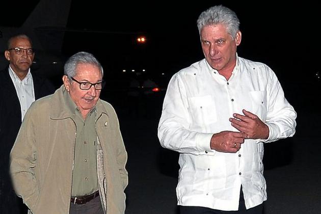 El 20 de octubre inició el periplo el mandatario cubano por Irlanda y Belarús, y participó en Azerbaiyán en la XVIII Cumbre del Movimiento de Países No Alineados, para finalmente realizar una visita de trabajo a la Federación de Rusia.