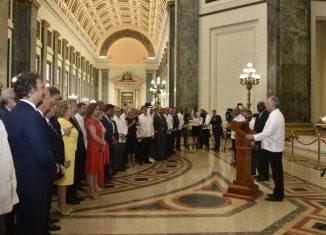 Creadores de todas las disciplinas y representantes de las más diversas regiones y credos políticos, han prestigiado la historia habanera al convertirse en protagonistas y testigos de la noble vocación ecuménica de Cuba.