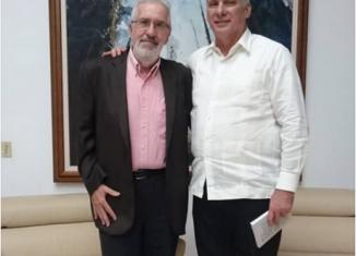 El destacado intelectual argentino, participante en el Encuentro Antimperialista de Solidaridad por la Democracia y contra el Neoliberalismo, informó de la reunión en su cuenta en twitter.