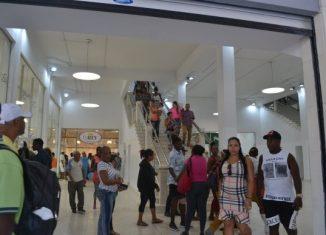 Un recorrido por el afamado centro comercial, restaurado al calor del aniversario 500 de La Habana, permitió constatar la puesta en marcha de un grupo de medidas dirigidas a que el pueblo se sienta satisfecho de la calidad del servicio.