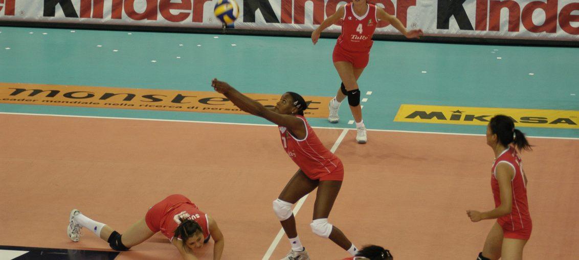 La voleibolista se convirtió en la cuarta Morena del Caribe exaltada al Salón de la Fama. Antes merecieron ese mérito las tricampeonas olímpicas Mireya Luis, Regla Torres y Magalys Carbajal.