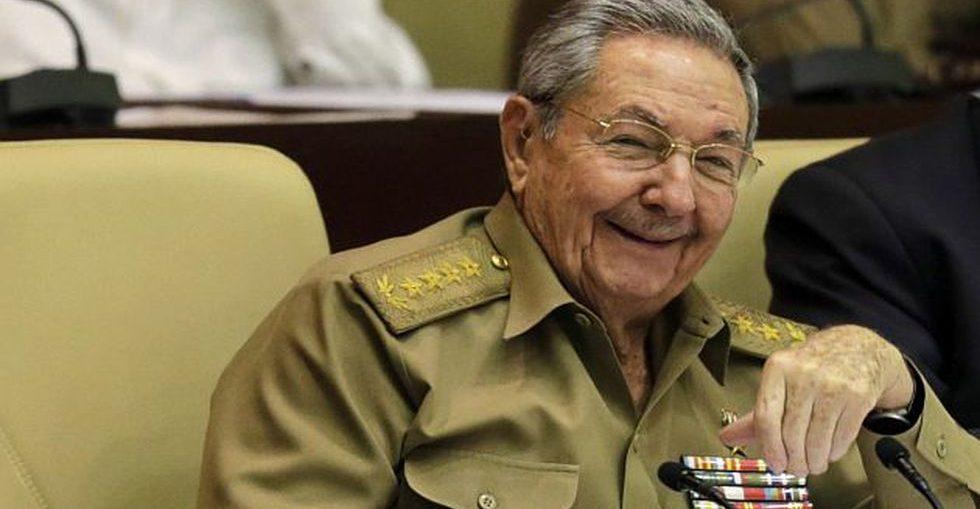 Los más de 200 delegados a la Conferencia de la ACRC en Santiago de Cuba festejaron la elección del asaltante al cuartel Moncada, expedicionario del yate Granma, fundador del II Frente Oriental Frank País y pilar en la construcción del socialismo.
