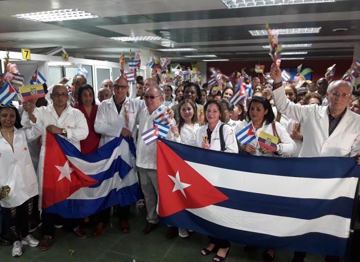 Cuba exhibe hoy resultados que han sido posibles gracias a los valores éticos y a la entrega diaria de todos aquellos que hacen de la atención a la salud un derecho cotidiano de la humanidad, dentro y fuera de nuestro país.