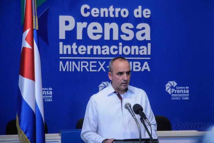 Muchos de los cubanos residentes fuera del país están asociados a 166 organizaciones existentes en 79 naciones, desde donde defienden la soberanía de su Patria y se pronuncian en contra del bloqueo.