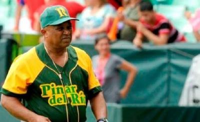 Este año regresaron dos que poseen «carretera», y que además cuentan con un prestigio probado en el mundo del béisbol, como son los casos del pinareño Alfonso Urquiola y del camagüeyano Miguel Borroto