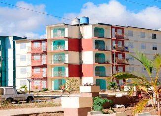 El programa de la vivienda abarca la rehabilitación, conservación y construcción de nuevas edificaciones, con los servicios comunes que garantizan el hábitat de la población.