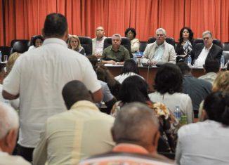 Grandes retos en función de elevar su competitividad, la calidad y la eficiencia en sus renglones productivos, y ocupar un lugar protagónico en la sustitución de importaciones, tiene hoy la industria cubana.