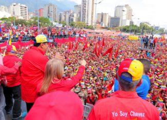 Al cumplirse un año del ataque violento de sectores de derecha en la frontera con Colombia, para intentar ingresar insumos para generar actos terroristas, el mandatario cubano reclamó respeto a la soberanía venezolana a través de la etiqueta #ManosFueraDeVenezuela.