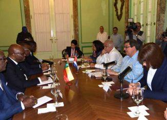 Como parte de su agenda, en la jornada de este lunes el visitante conversará con el ministro cubano de Comercio Exterior e Inversión Extranjera, Rodrigo Malmierca, con quien prevé firmar un acuerdo marco de cooperación.