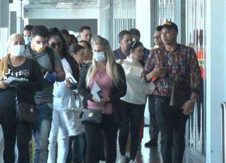 Las embajadas de Cuba en Haití y Guyana gestionaron el retorno seguro de unos 1 700 cubanos que permanecían varados en esos países, tras la cancelación de vuelos por el nuevo coronavirus y teniendo en cuenta las medidas tomadas para enfrentar la pandemia.