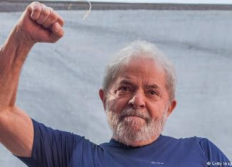 El Líder del Partido de los Trabajadores dijo: ¨Escribo para hablar sobre la emoción que sentí al ver la imagen de los médicos cubanos llegando a Italia, para ayudar a socorrer las víctimas de la pandemia de coronavirus en aquel país¨.