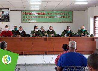 La comunidad Camilo Cienfuegos, ubicada en el municipio de Consolación del Sur, se encuentra desde este martes bajo medidas restrictivas de aislamiento, a solicitud del Consejo de Defensa Nacional y con la aprobación del Ministerio de Salud Pública.