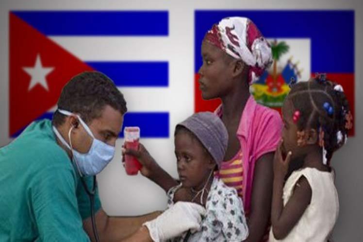 El equipo médico de Cuba, integrado por cinco miembros, llegó el 7 de mayo a las instalaciones situadas en el parque industrial Caracol, en la región nororiental de Haití, donde viven la mayoría de los trabajadores srilankeses, reflejó el rotativo.
