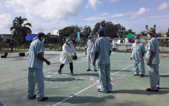 En total fueron 57 los contagiados allí con la enfermedad, de los 129 adultos mayores con régimen interno, de los cuales 44 fueron abuelos, y 19 trabajadores.