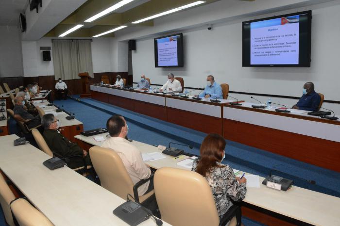 Así lo consideró el Presidente de la República, Miguel Díaz-Canel Bermúdez, al encabezar la sesión del Consejo de Ministros donde se presentó el Plan de medidas que se implementará en las tres fases que tendrá la primera etapa de la recuperación.