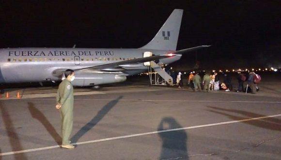 Los repatriados visitaban Perú cuando se cerraron las fronteras y aeropuertos, el 6 de marzo pasado, por la llegada al país de la pandemia de Covid-19; lo que hizo imposible su retorno hasta que hoy lo lograron en un avión de la Fuerza Aérea Peruana.