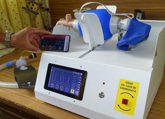 La creación de un prototipo de ventilador de emergencia, basado en diseños disponibles en Internet, estuvo entre las principales contribuciones del CNEURO. De esta manera, se aliviaría la falta de esos equipos en las terapias ante un contexto más crítico.