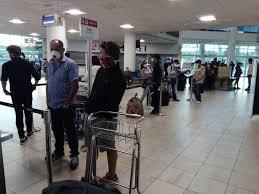 El Gobierno de Cuba despliega una operación humanitaria para garantizar el retorno organizado de sus ciudadanos, quienes fueron sorprendidos por la pandemia en otras latitudes y no pudieron regresar a casa tras el cierre de los vuelos comerciales.