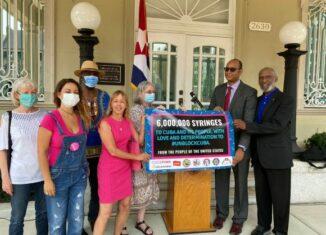 El Movimiento de Solidaridad con Cuba en Estados Unidos, ofreció una conferencia de prensa para reafirmar su compromiso con la Isla y anunciar la exitosa campaña estadounidense para enviar 6 millones de jeringuillas de vacunación a la mayor de las Antillas.